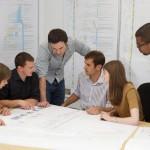 Lavoro di gruppo e lavoro singolo: i pro e i contro a confronto